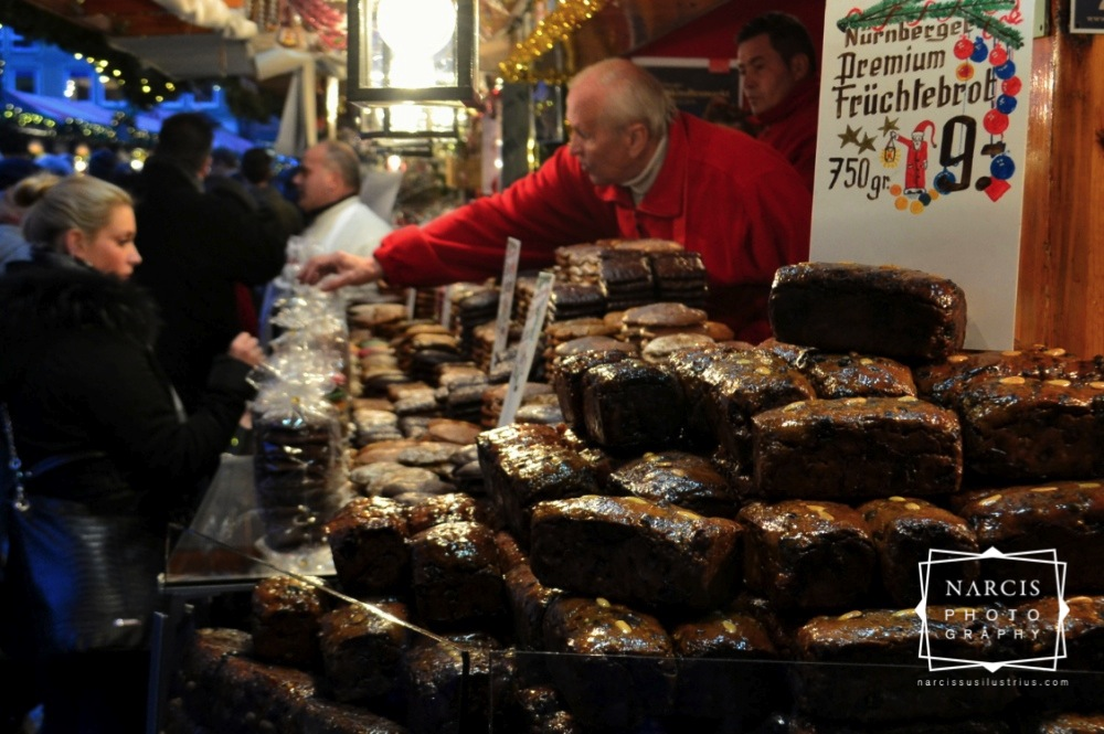11_jpg_Nurnberg-Christmas-Market-by-Narcis_Lupou