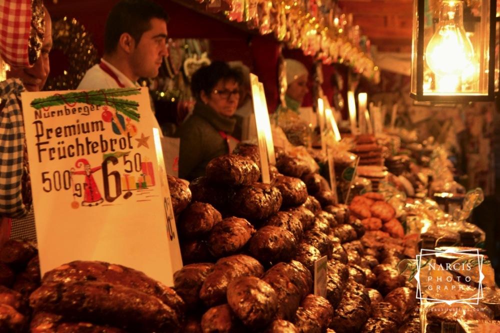 13_jpg_Nurnberg-Christmas-Market-by-Narcis_Lupou
