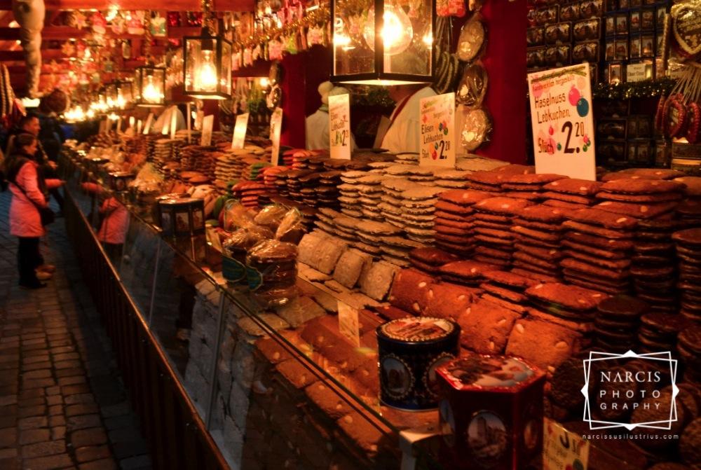 15_jpg_Nurnberg-Christmas-Market-by-Narcis_Lupou