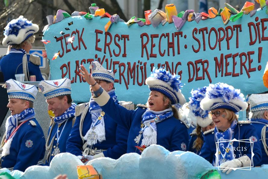 23_Rosenmontag-Duesseldorf_photo-von-Narcis-Lupou