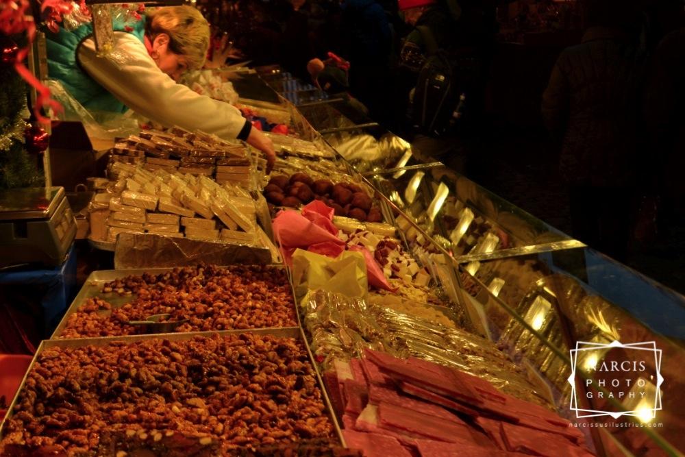 24_jpg_Nurnberg-Christmas-Market-by-Narcis_Lupou