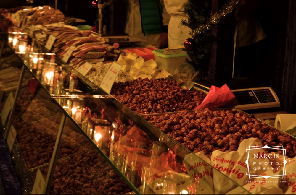 32_jpg_Nurnberg-Christmas-Market-by-Narcis_Lupou