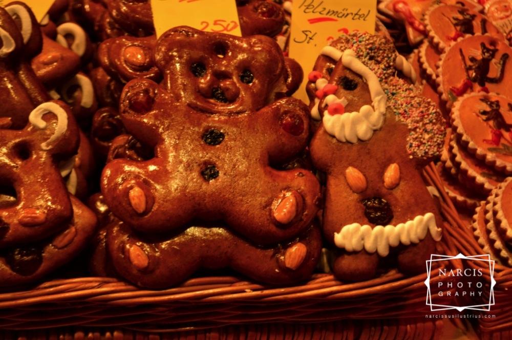 38_jpg_Nurnberg-Christmas-Market-by-Narcis_Lupou