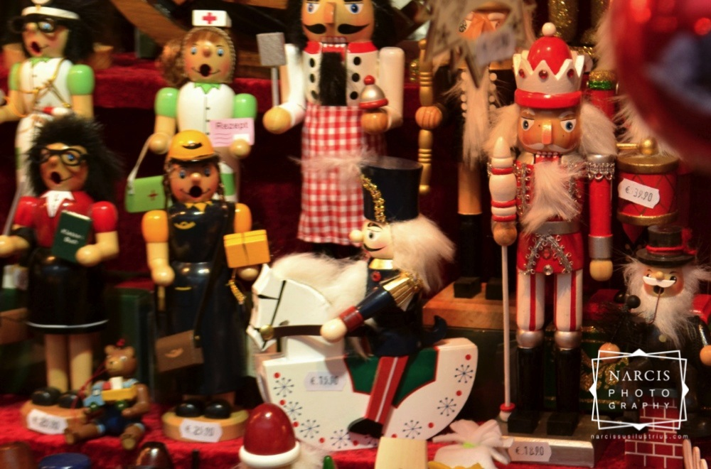 6_jpg_Nurnberg-Christmas-Market-by-Narcis_Lupou