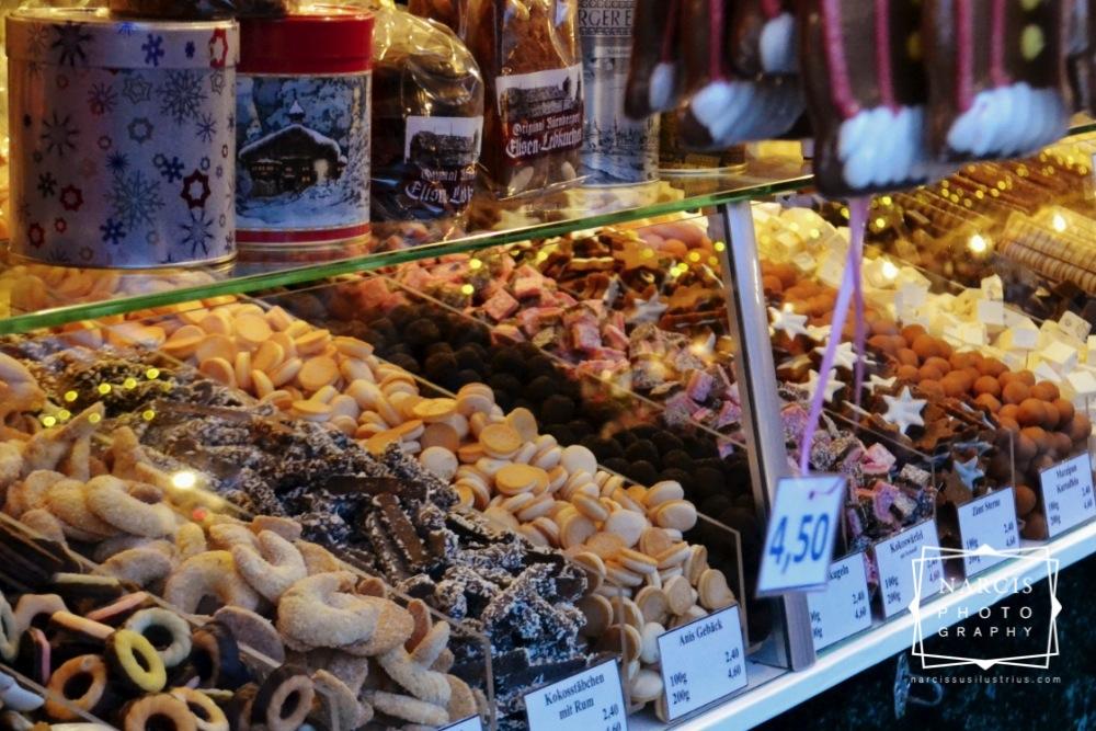 8_jpg_Nurnberg-Christmas-Market-by-Narcis_Lupou